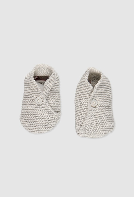 Bootees for baby_1